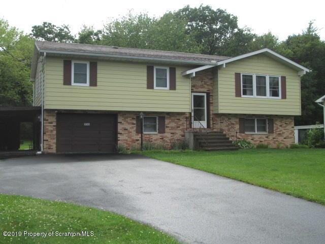 530 Oaklane Rd, Jefferson Twp, Pennsylvania 18436, 3 Bedrooms Bedrooms, 8 Rooms Rooms,2 BathroomsBathrooms,Single Family,For Sale,Oaklane,19-989