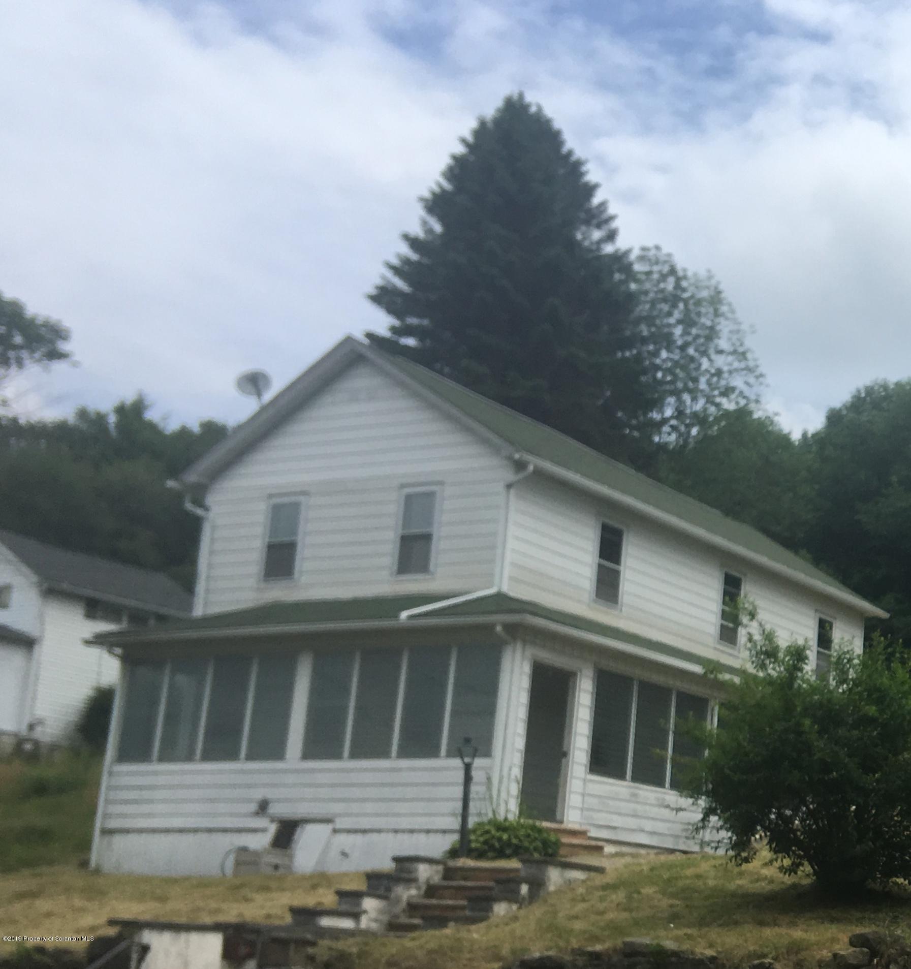 374 U Powderly St, Carbondale, Pennsylvania 18407, 3 Bedrooms Bedrooms, 5 Rooms Rooms,1 BathroomBathrooms,Single Family,For Sale,U Powderly,19-3168