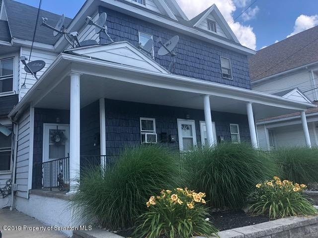 215 Main Apt. D, Taylor, Pennsylvania 18517, 2 Bedrooms Bedrooms, 4 Rooms Rooms,1 BathroomBathrooms,Rental,For Lease,Main,19-3172