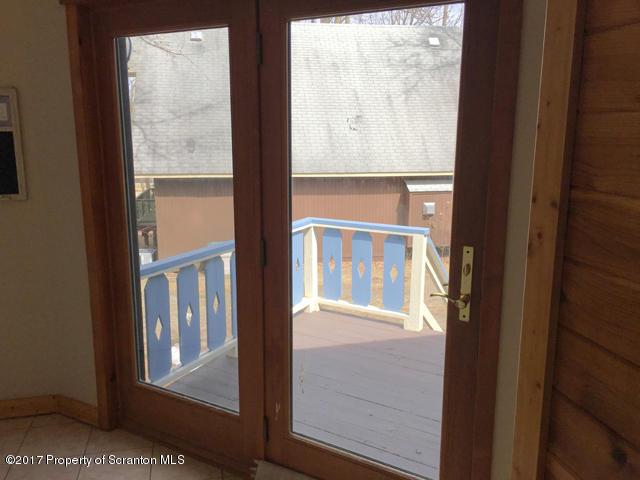 34 Winter Blvd, Union Dale, Pennsylvania 18470, 4 Bedrooms Bedrooms, 7 Rooms Rooms,2 BathroomsBathrooms,Single Family,For Sale,Winter,19-3270