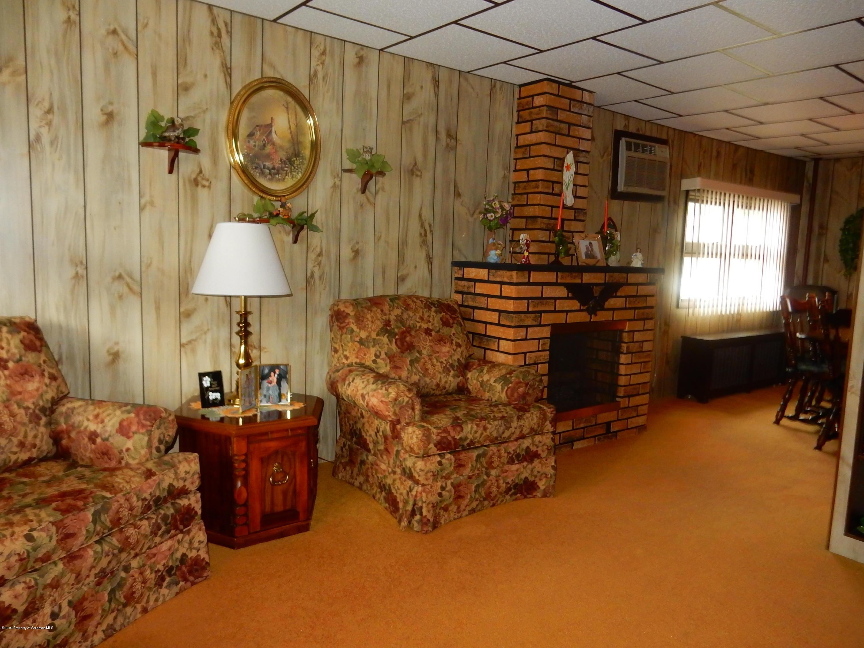 513 Clark St, Throop, Pennsylvania 18512, 3 Bedrooms Bedrooms, 7 Rooms Rooms,2 BathroomsBathrooms,Single Family,For Sale,Clark,19-3274