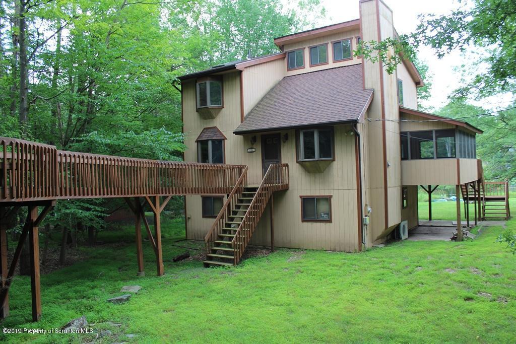 904 Deerfield Rd, Lake Ariel, Pennsylvania 18436, 4 Bedrooms Bedrooms, 8 Rooms Rooms,3 BathroomsBathrooms,Single Family,For Sale,Deerfield,19-3314