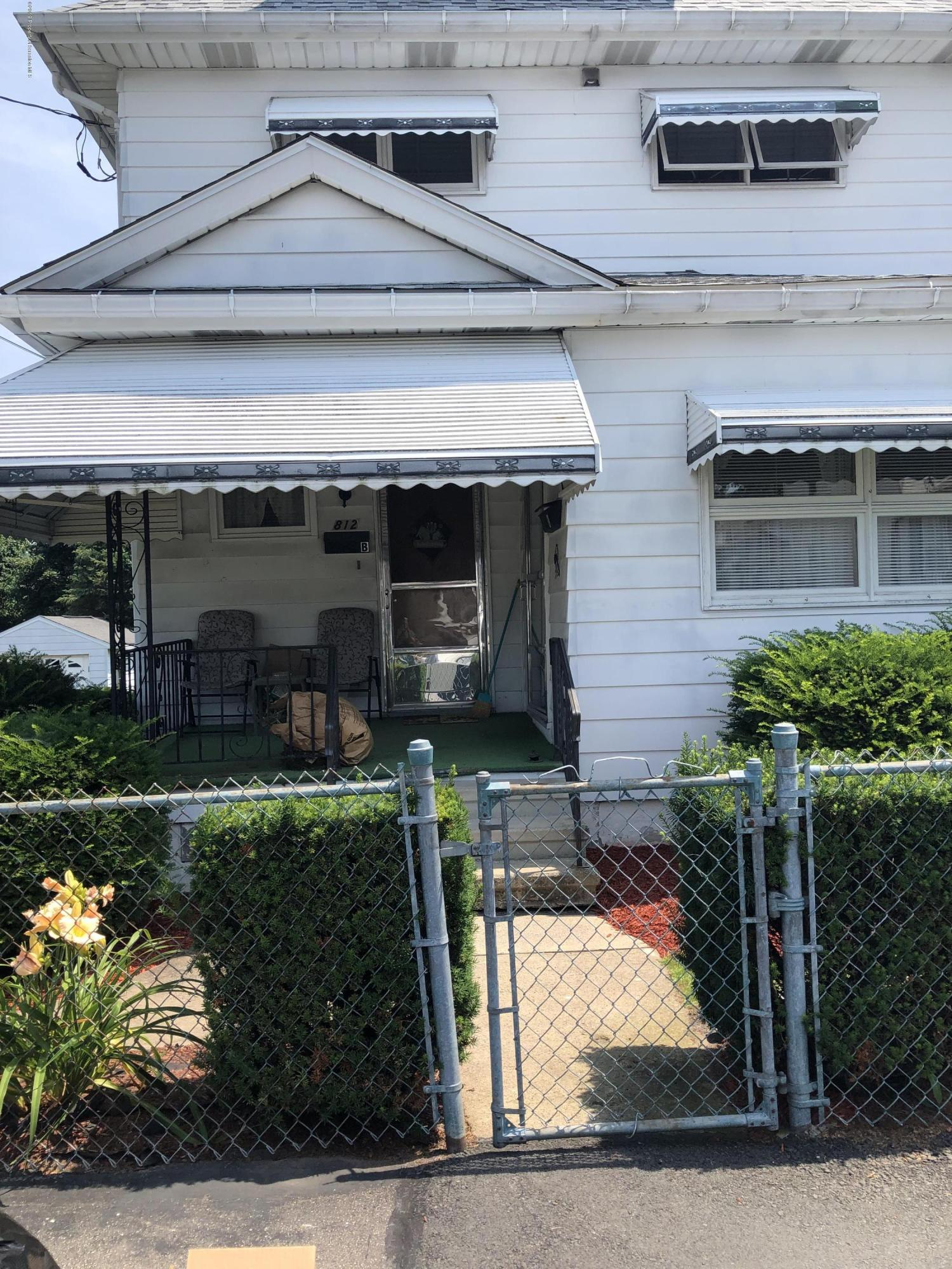 812 Lincoln St, Dickson City, Pennsylvania 18519, 1 Bedroom Bedrooms, 3 Rooms Rooms,2 BathroomsBathrooms,Rental,For Lease,Lincoln,19-3387