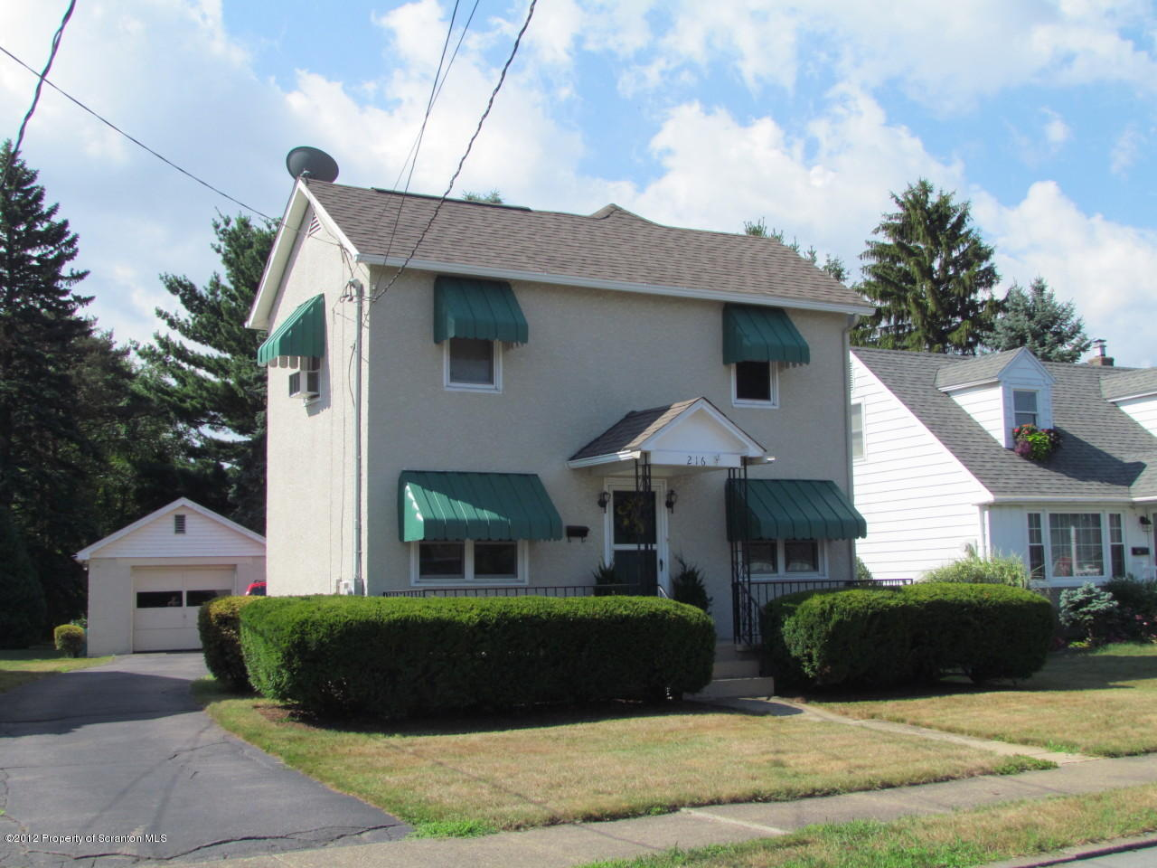 216 Hoover St, Old Forge, Pennsylvania 18518, 3 Bedrooms Bedrooms, 6 Rooms Rooms,1 BathroomBathrooms,Rental,For Lease,Hoover,19-3386