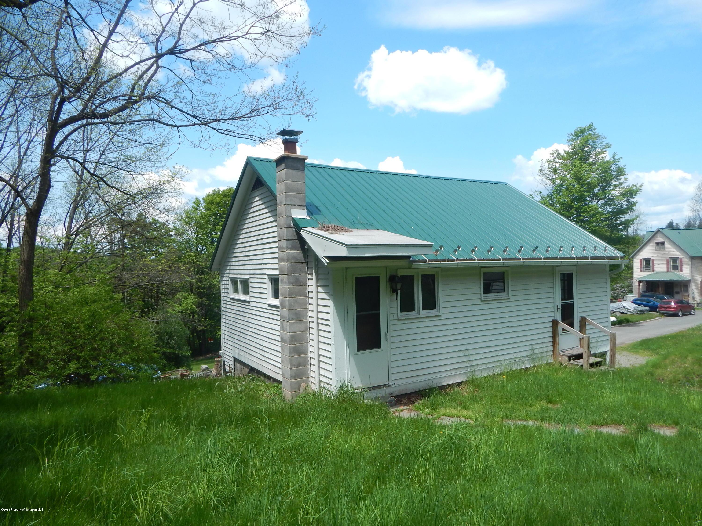 53 PICKETT ST, Montrose, Pennsylvania 18801, 2 Bedrooms Bedrooms, 4 Rooms Rooms,1 BathroomBathrooms,Rental,For Lease,PICKETT,19-3610