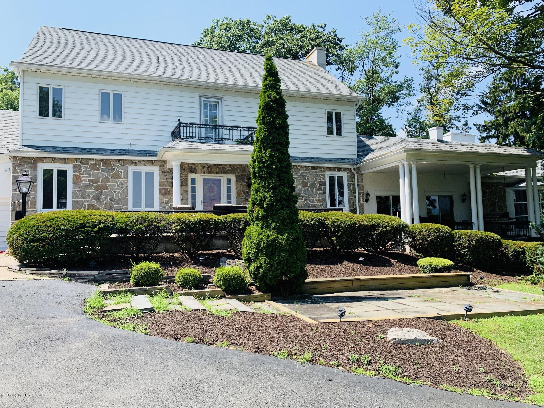 1 Scranton Pocono Hwy, Scranton, Pennsylvania 18505, 5 Bedrooms Bedrooms, 9 Rooms Rooms,5 BathroomsBathrooms,Single Family,For Sale,Scranton Pocono,19-3634