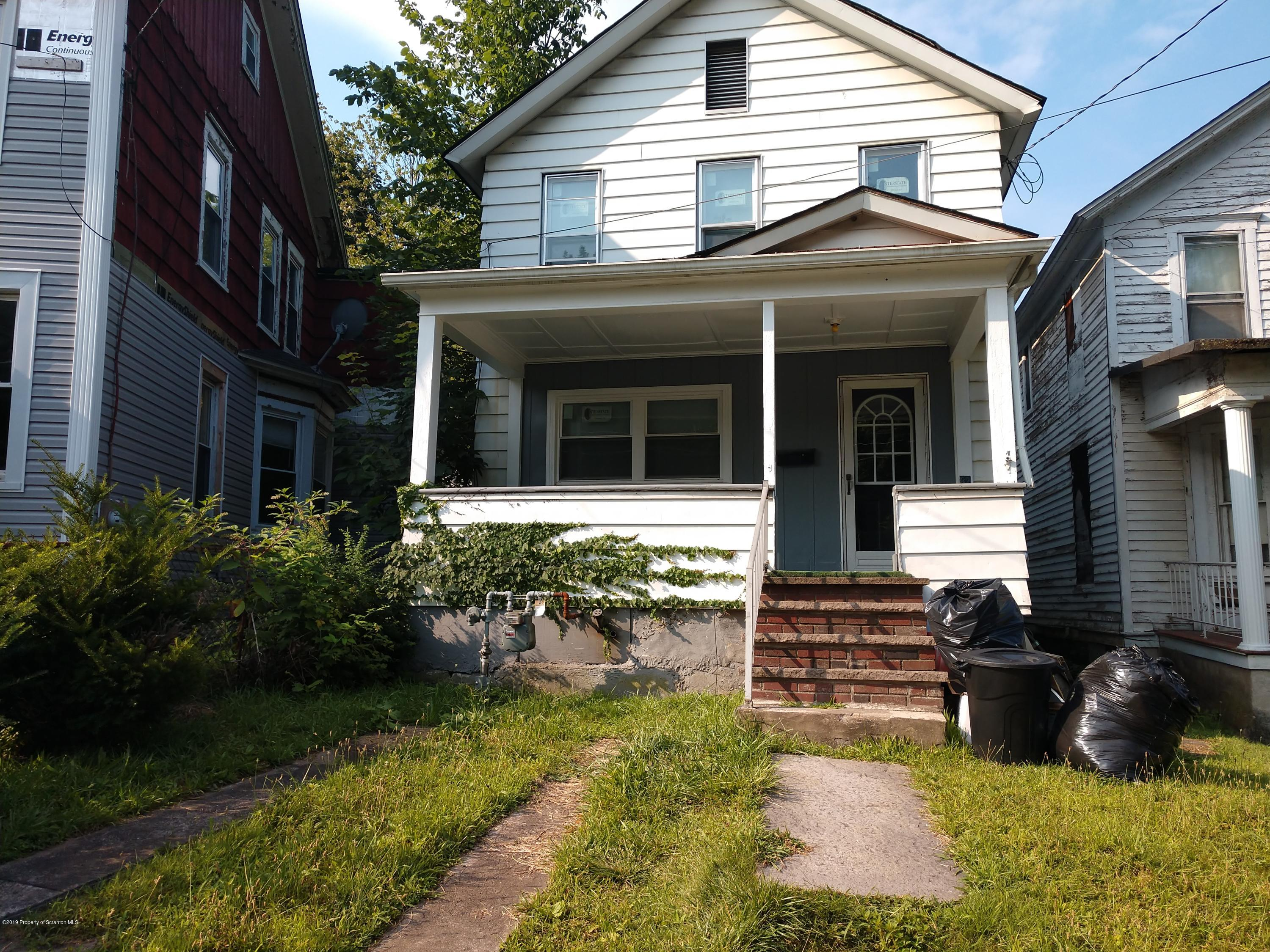 82 Brook St, Carbondale, Pennsylvania 18407, 3 Bedrooms Bedrooms, 7 Rooms Rooms,1 BathroomBathrooms,Single Family,For Sale,Brook,19-3772