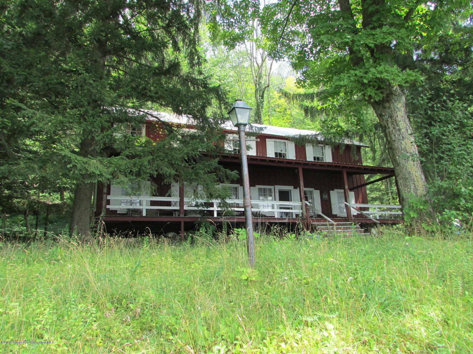 8 Knappian Way, Montrose, Pennsylvania 18801, 6 Bedrooms Bedrooms, 10 Rooms Rooms,2 BathroomsBathrooms,Single Family,For Sale,Knappian Way,19-3852