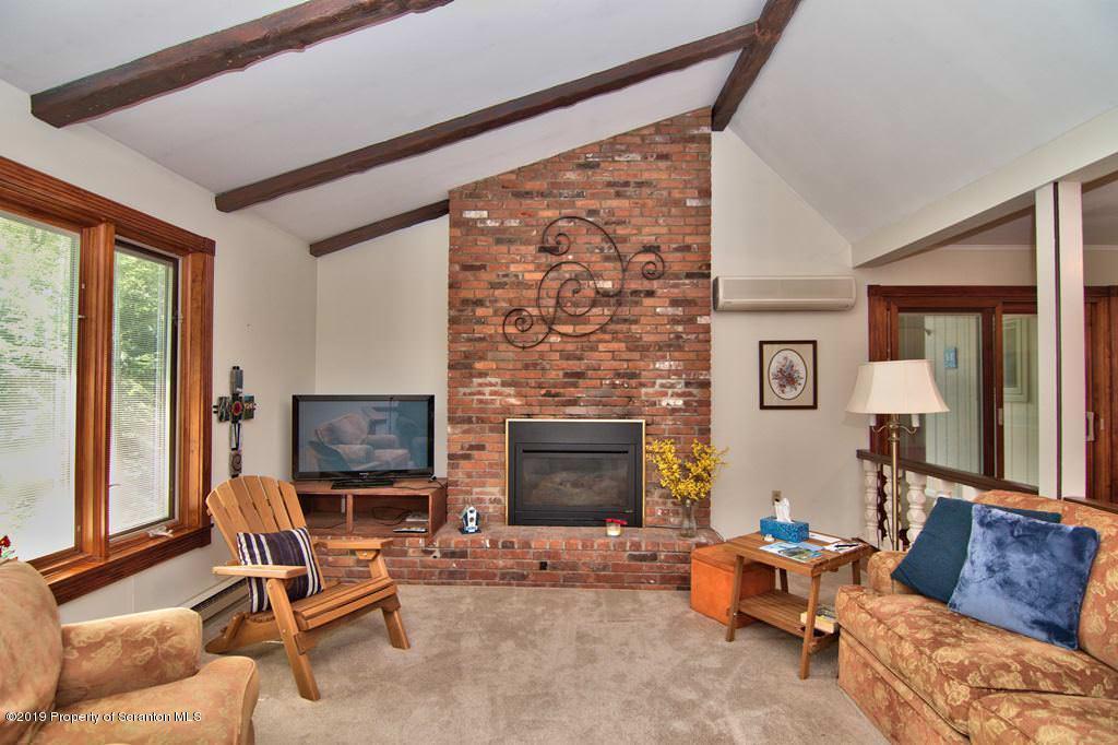 306 Saddle Lake Rd, Tunkhannock, Pennsylvania 18657, 4 Bedrooms Bedrooms, 8 Rooms Rooms,3 BathroomsBathrooms,Single Family,For Sale,Saddle Lake,19-3835