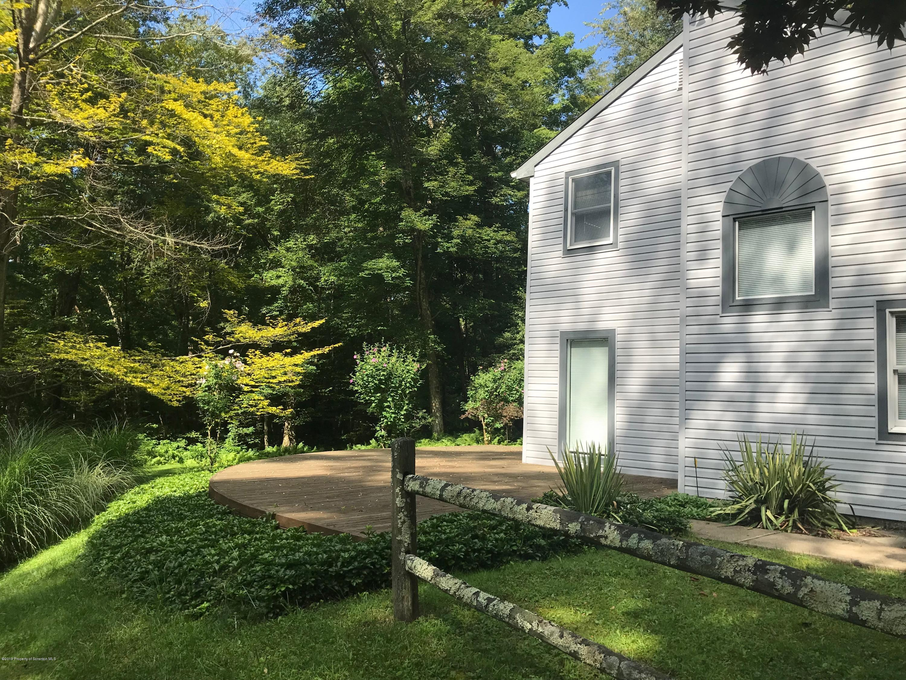 319 Idlewild Ln, Clifford Twp, Pennsylvania 18470, 3 Bedrooms Bedrooms, 7 Rooms Rooms,3 BathroomsBathrooms,Single Family,For Sale,Idlewild,19-3912