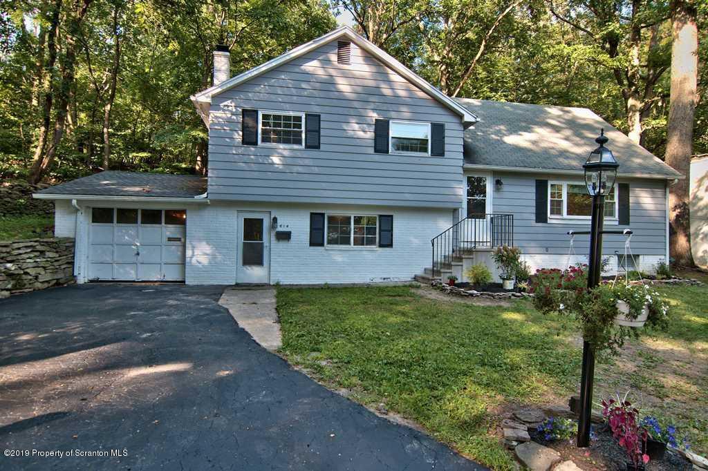 614 Haven Ln, Clarks Summit, Pennsylvania 18411, 5 Bedrooms Bedrooms, 8 Rooms Rooms,2 BathroomsBathrooms,Single Family,For Sale,Haven,19-3902