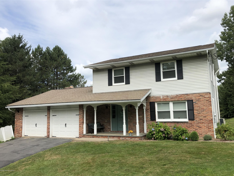 851 Longview Terrace, Waverly Twp, Pennsylvania 18411, 4 Bedrooms Bedrooms, 8 Rooms Rooms,3 BathroomsBathrooms,Single Family,For Sale,Longview,19-3976