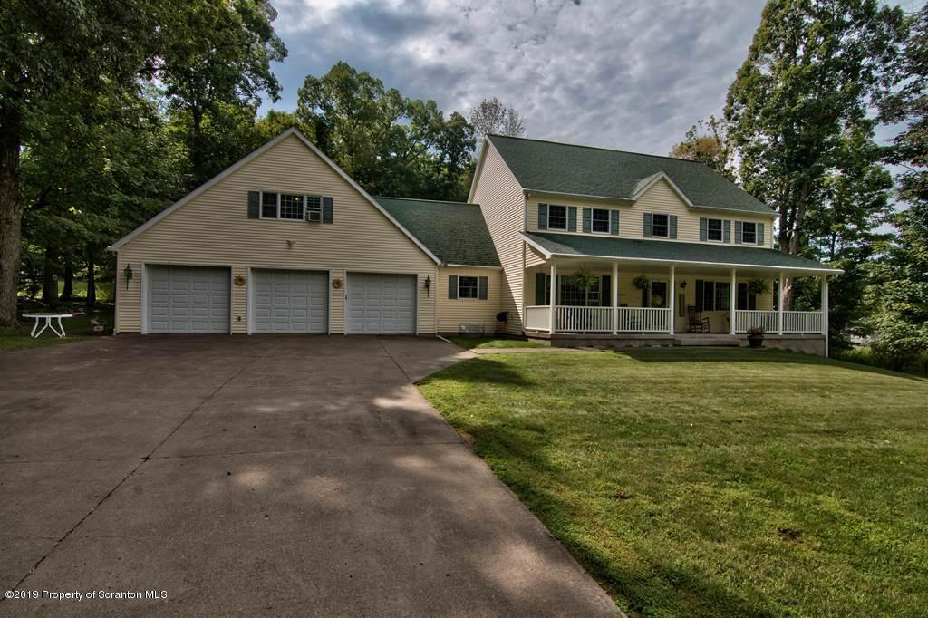 9143 Valley View Dr, Clarks Summit, Pennsylvania 18411, 6 Bedrooms Bedrooms, 13 Rooms Rooms,4 BathroomsBathrooms,Single Family,For Sale,Valley View,19-4040