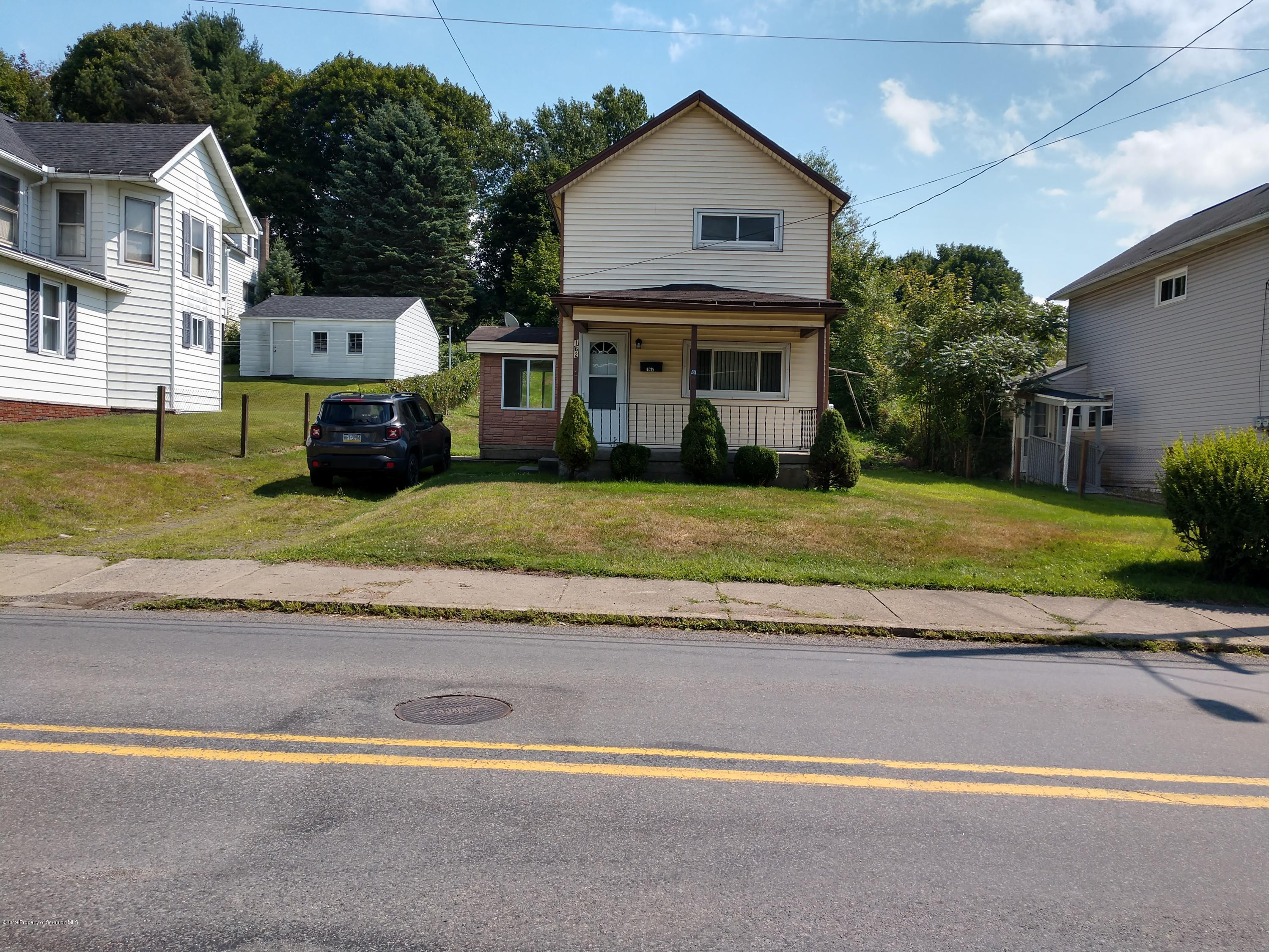 162 Pike St, Carbondale, Pennsylvania 18407, 2 Bedrooms Bedrooms, 4 Rooms Rooms,2 BathroomsBathrooms,Single Family,For Sale,Pike,19-4076
