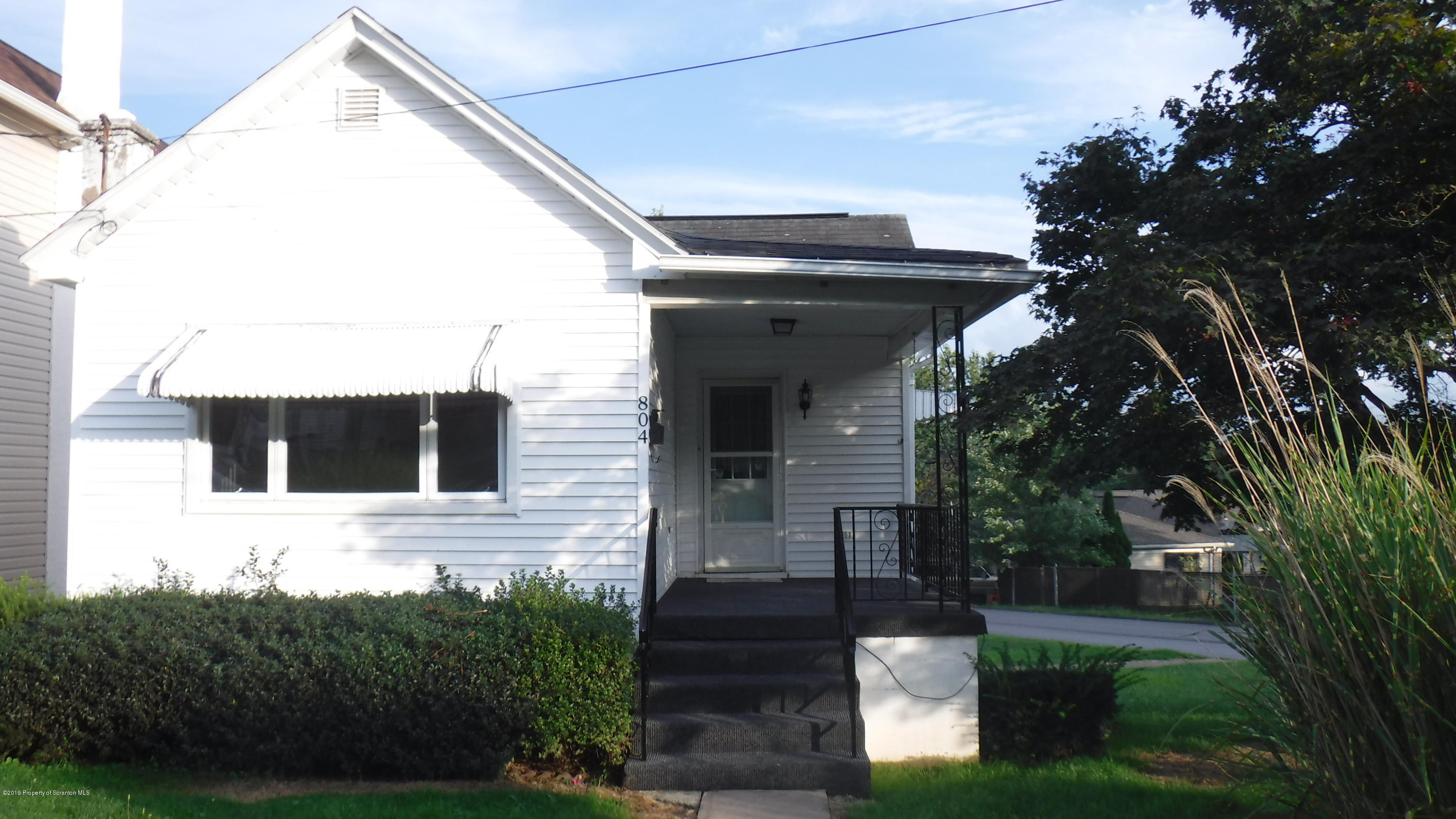 804 First St, Peckville, Pennsylvania 18452, 2 Bedrooms Bedrooms, 7 Rooms Rooms,2 BathroomsBathrooms,Single Family,For Sale,First,19-4097