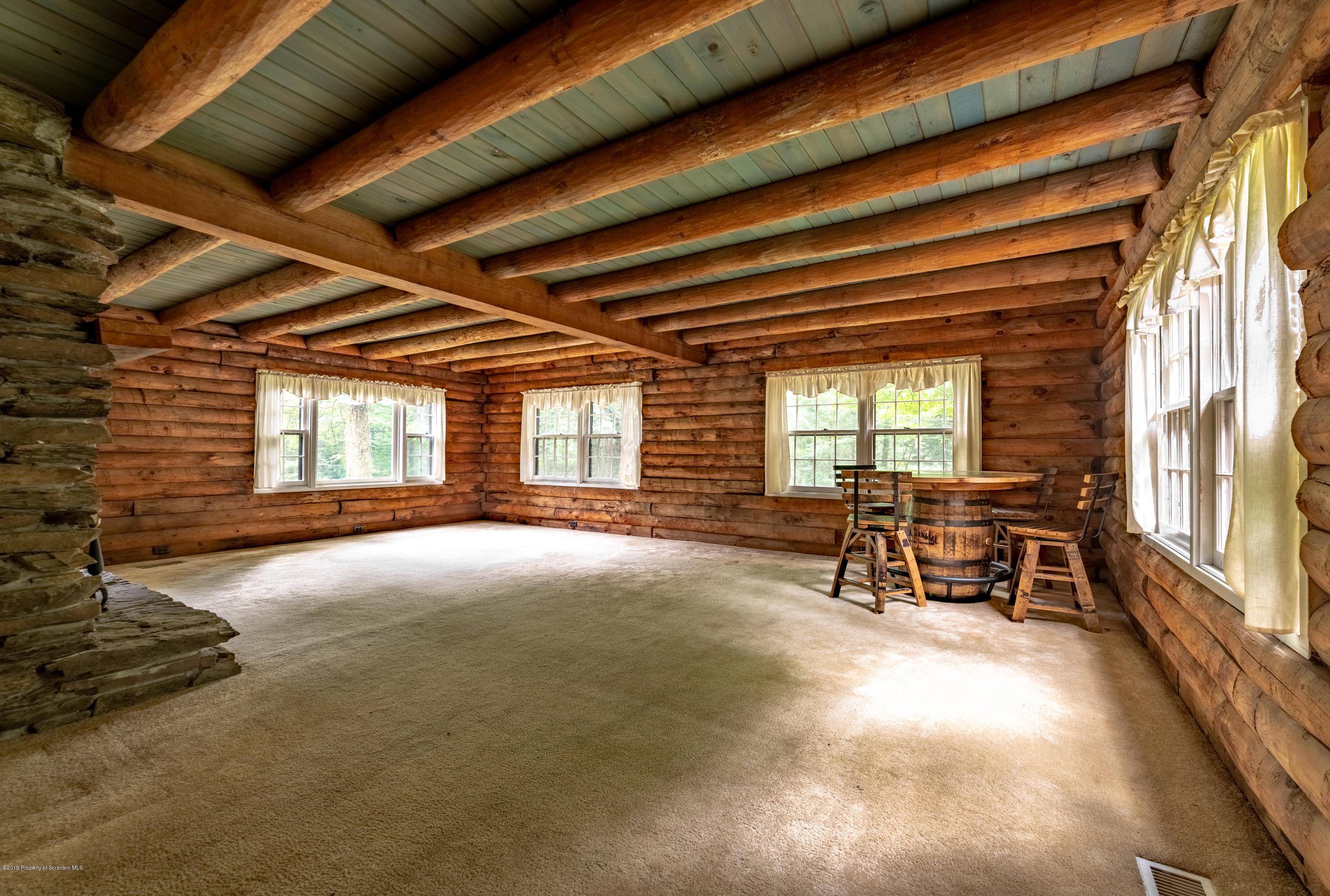 185 Marshbrook Rd, Fleetville, Pennsylvania 18420, 4 Bedrooms Bedrooms, 8 Rooms Rooms,3 BathroomsBathrooms,Single Family,For Sale,Marshbrook,19-68