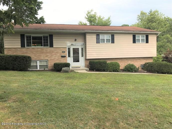 618 Timber Ln, Clarks Summit, Pennsylvania 18411, 3 Bedrooms Bedrooms, 7 Rooms Rooms,3 BathroomsBathrooms,Single Family,For Sale,Timber,19-4127