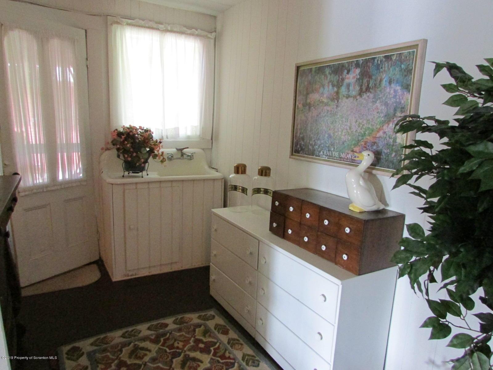 194 Heart Lake Road, Montrose, Pennsylvania 18801, 4 Bedrooms Bedrooms, 6 Rooms Rooms,2 BathroomsBathrooms,Single Family,For Sale,Heart Lake Road,19-4131