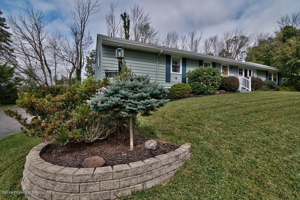 1688 Lisa Ln, Clarks Summit, Pennsylvania 18411, 3 Bedrooms Bedrooms, 7 Rooms Rooms,3 BathroomsBathrooms,Single Family,For Sale,Lisa,19-4205
