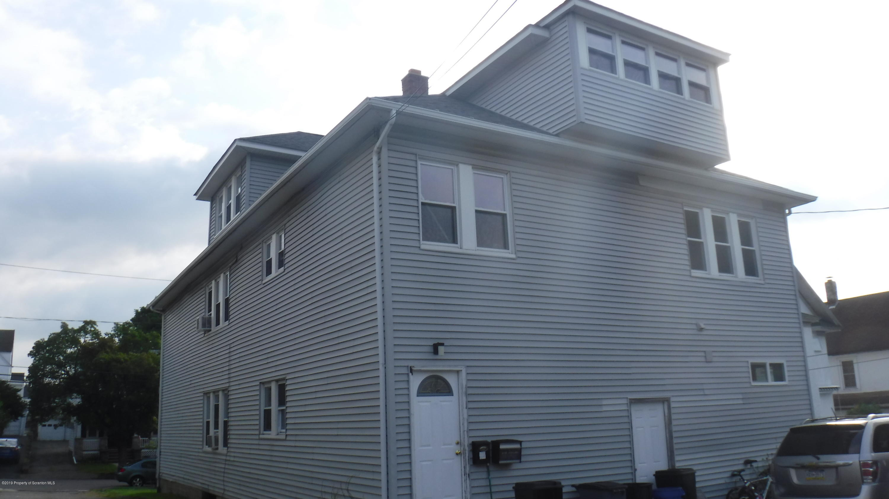 515 Miles Ave, Dickson City, Pennsylvania 18519, ,Multi-Family,For Sale,Miles,19-4261