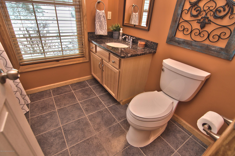 205 Hampshire Dr, Jefferson Twp, Pennsylvania 18436, 4 Bedrooms Bedrooms, 9 Rooms Rooms,3 BathroomsBathrooms,Single Family,For Sale,Hampshire,20-1