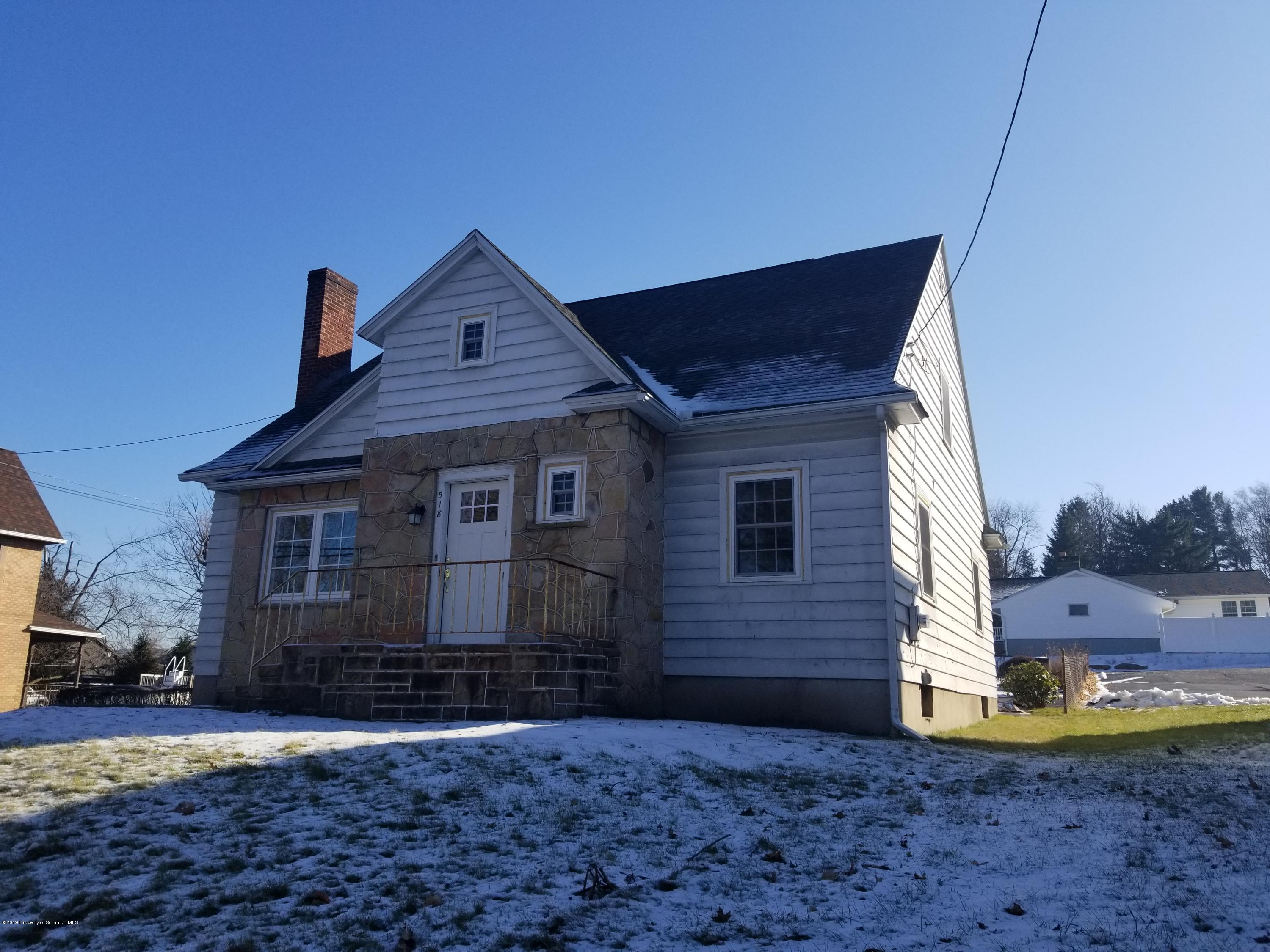 518 Blakely St, Dunmore, Pennsylvania 18512, ,1 BathroomBathrooms,Commercial,For Lease,Blakely,19-5764