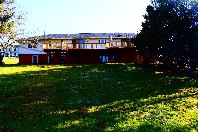 111 Lake Shore Drive, Montrose, Pennsylvania 18801, 3 Bedrooms Bedrooms, 8 Rooms Rooms,3 BathroomsBathrooms,Single Family,For Sale,Lake Shore Drive,19-5610