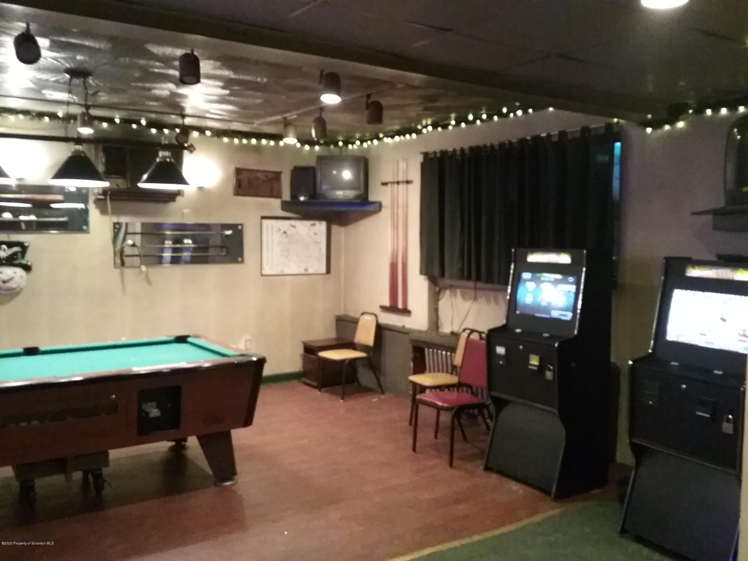932 Wyoming Ave, Scranton, Pennsylvania 18509, ,2 BathroomsBathrooms,Commercial,For Sale,Wyoming,20-169