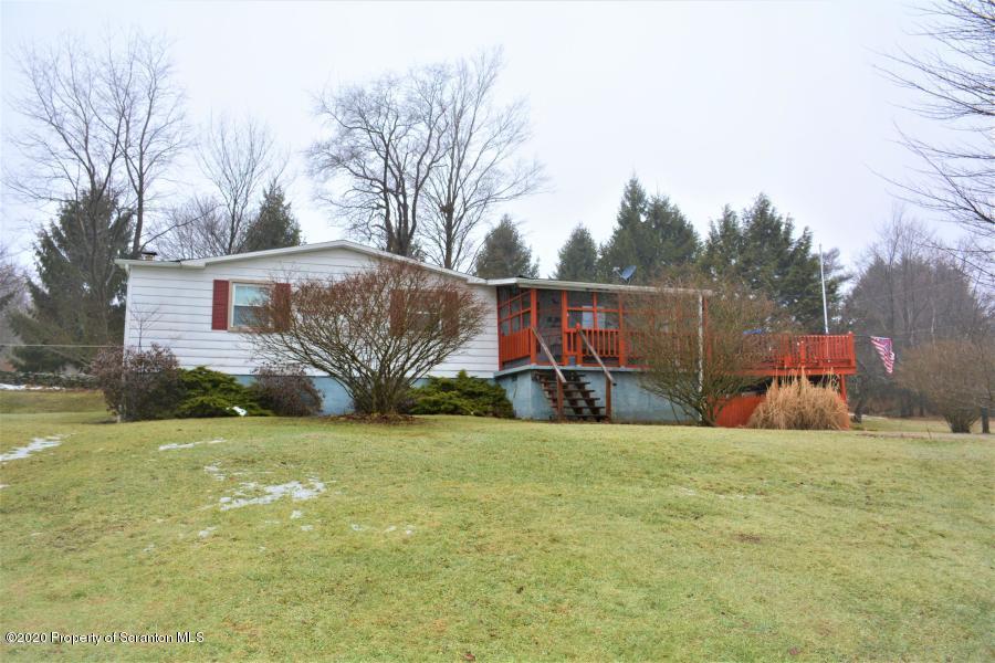 15 Hollister Ln, Covington Twp, Pennsylvania 18444, 3 Bedrooms Bedrooms, 6 Rooms Rooms,3 BathroomsBathrooms,Single Family,For Sale,Hollister,20-580
