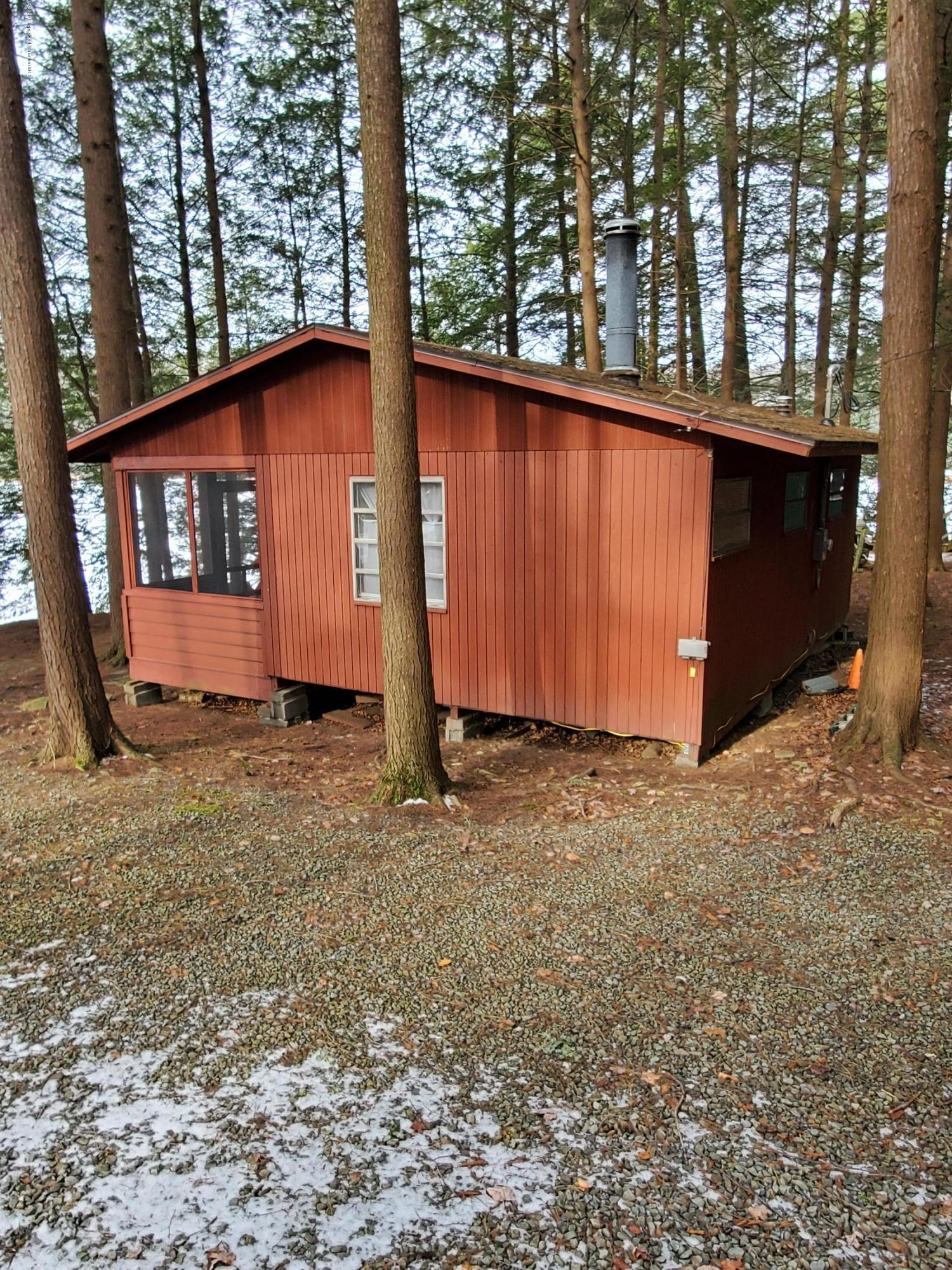 575 Cranberry Lake Road, Brackney, Pennsylvania 18812, 2 Bedrooms Bedrooms, 4 Rooms Rooms,Single Family,For Sale,Cranberry Lake Road,20-589