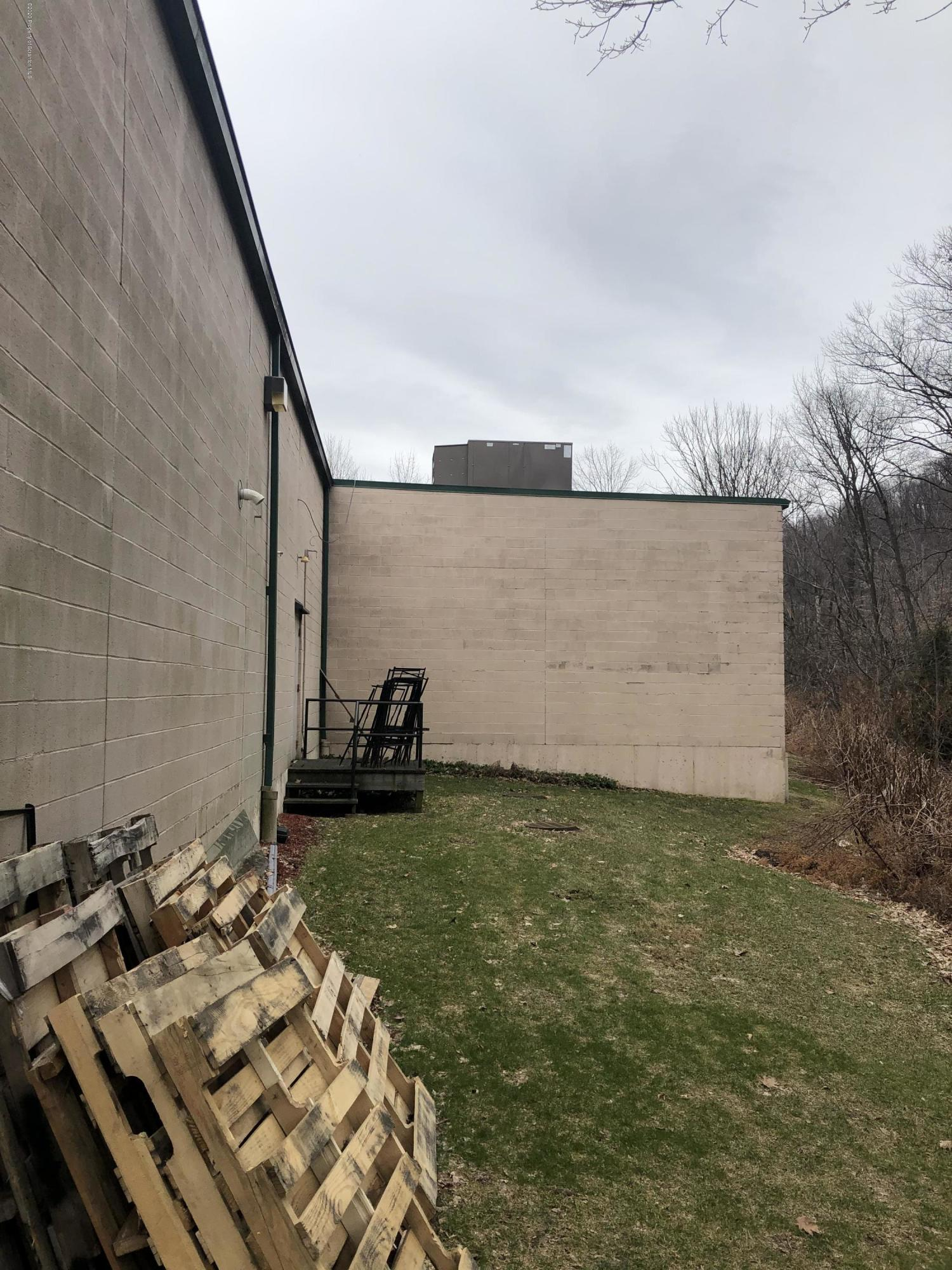 222 Northern Blvd, South Abington Twp, Pennsylvania 18411, ,4 BathroomsBathrooms,Commercial,For Sale,Northern,20-665