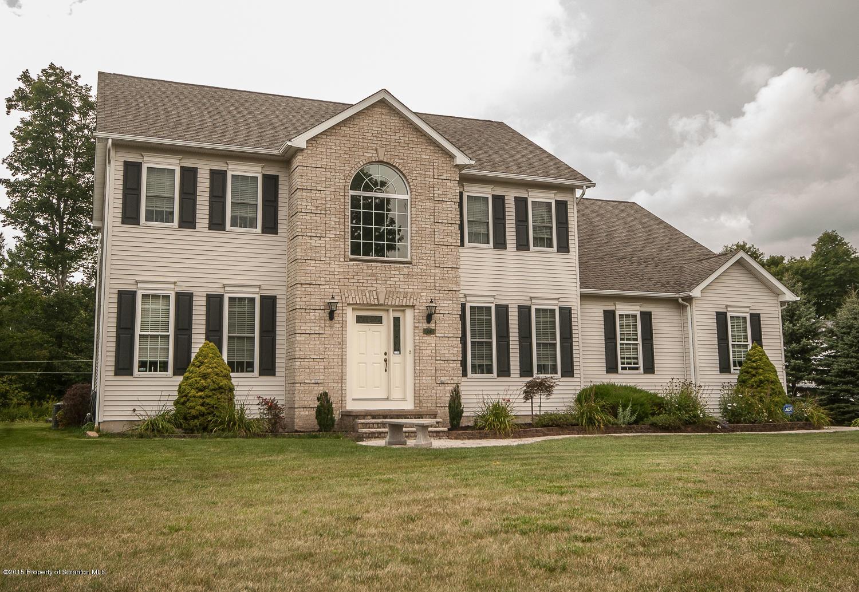 26 Pinewood Dr, Covington Twp, Pennsylvania 18424, 4 Bedrooms Bedrooms, 8 Rooms Rooms,3 BathroomsBathrooms,Single Family,For Sale,Pinewood,20-1100