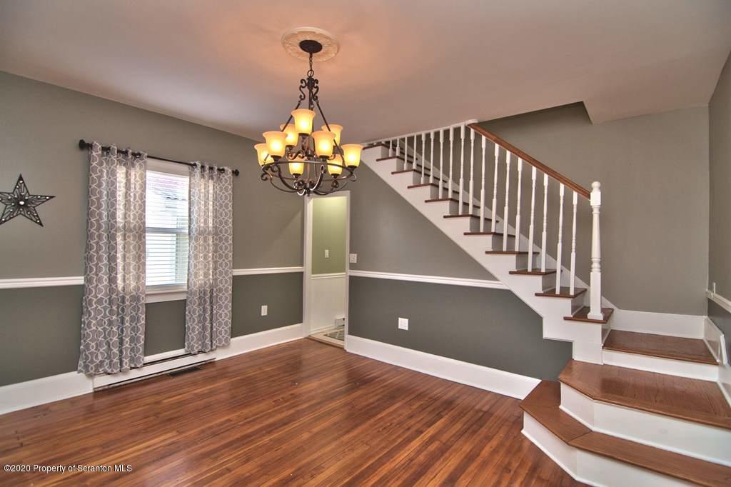 153 Lincoln Ave, Scranton, Pennsylvania 18504, 3 Bedrooms Bedrooms, 6 Rooms Rooms,2 BathroomsBathrooms,Single Family,For Sale,Lincoln,20-926