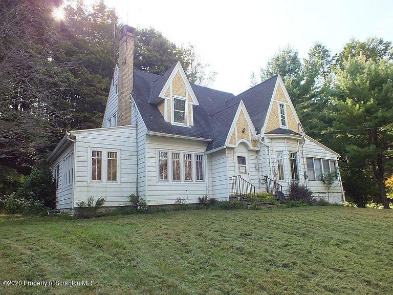 127 lackawanna Trl, Dalton, Pennsylvania 18414, 4 Bedrooms Bedrooms, 8 Rooms Rooms,2 BathroomsBathrooms,Single Family,For Sale,lackawanna,20-1046