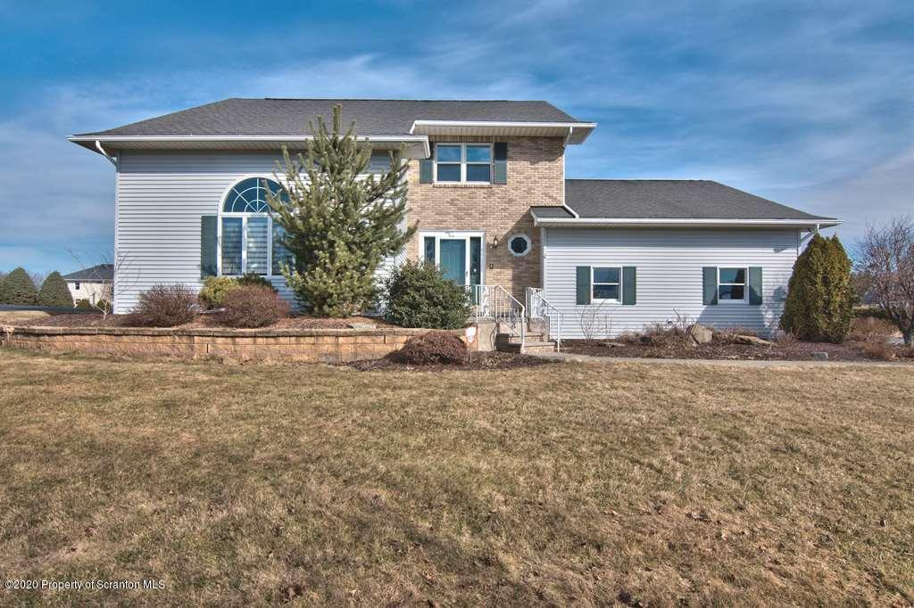 912 Apple Tree Rd, Moscow, Pennsylvania 18444, 4 Bedrooms Bedrooms, 8 Rooms Rooms,3 BathroomsBathrooms,Single Family,For Sale,Apple Tree,20-1099