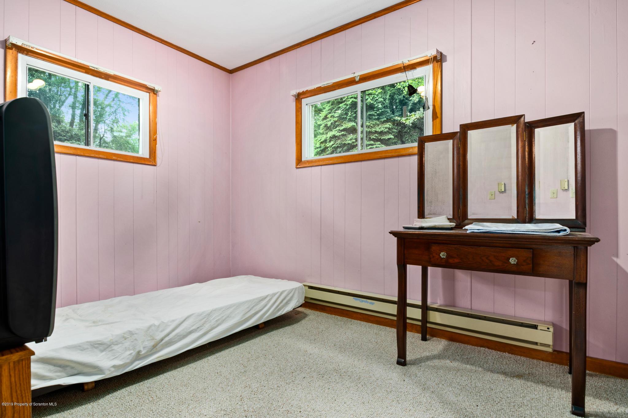 23-47 Kennedy Dr, Fleetville, Pennsylvania 18420, 3 Bedrooms Bedrooms, 6 Rooms Rooms,2 BathroomsBathrooms,Single Family,For Sale,Kennedy,20-1071