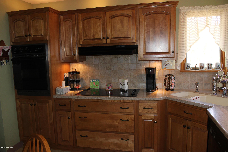 112 Laurel Ln, Taylor, Pennsylvania 18517, 4 Bedrooms Bedrooms, 8 Rooms Rooms,3 BathroomsBathrooms,Single Family,For Sale,Laurel,20-1168