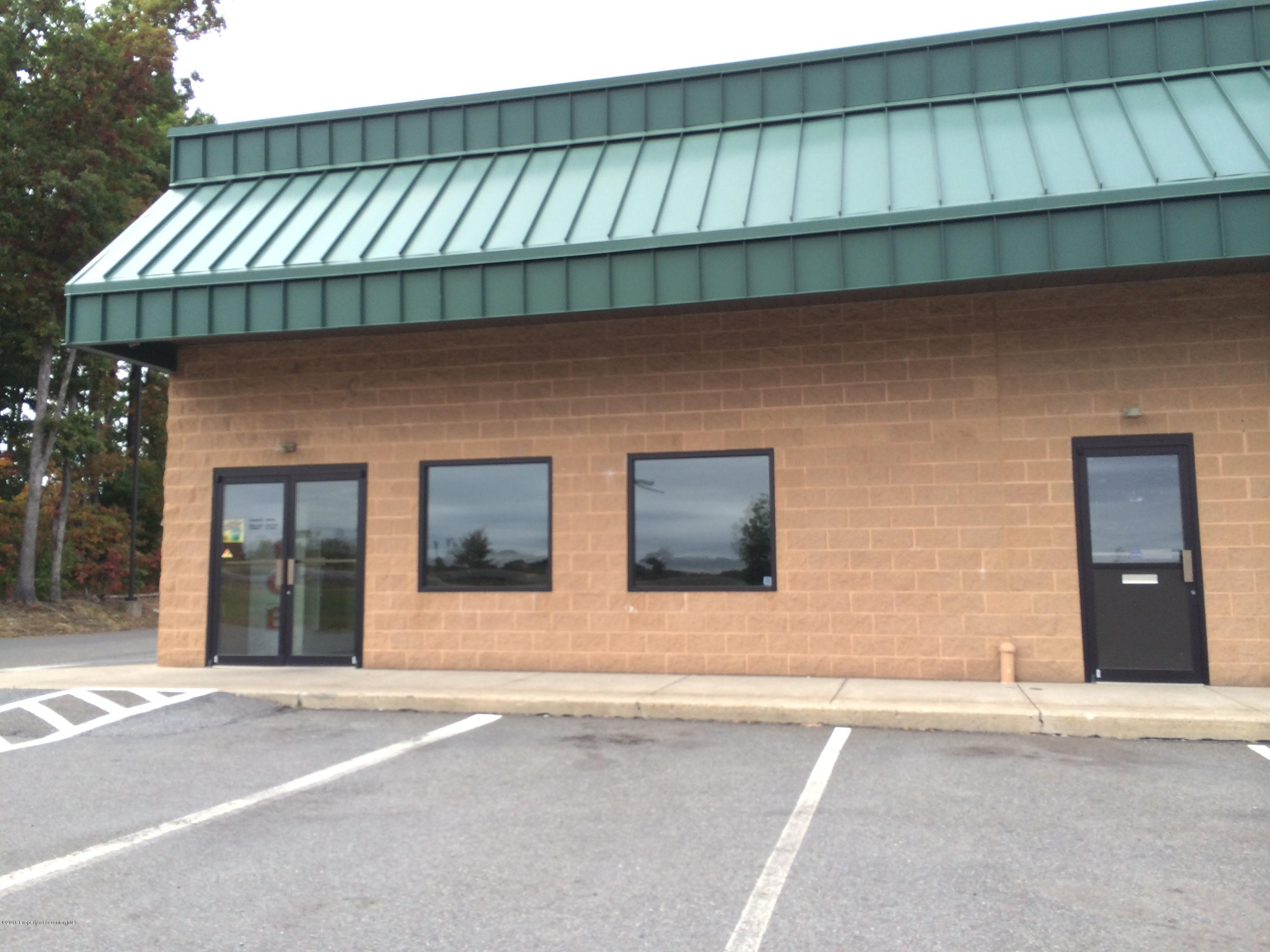 196 AIRPORT RD, Hazleton, Pennsylvania 18202, ,1 BathroomBathrooms,Commercial,For Lease,AIRPORT,20-1148