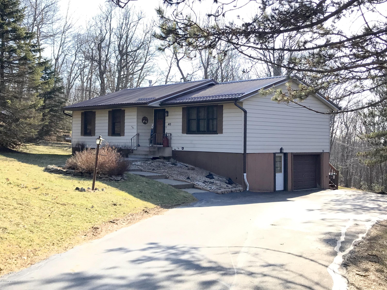 410 Jefferson Blvd, Jefferson Twp, Pennsylvania 18436, 4 Bedrooms Bedrooms, 8 Rooms Rooms,3 BathroomsBathrooms,Single Family,For Sale,Jefferson,20-864