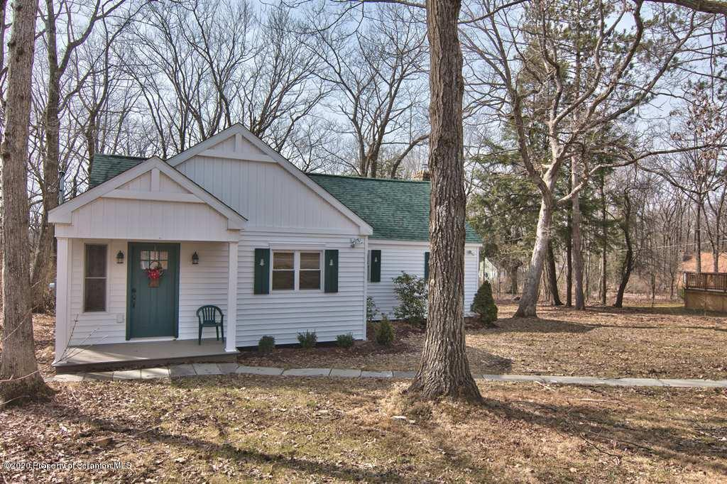 175 Old Lake Rd, Jefferson Twp, Pennsylvania 18436, 3 Bedrooms Bedrooms, 6 Rooms Rooms,2 BathroomsBathrooms,Single Family,For Sale,Old Lake,20-1204