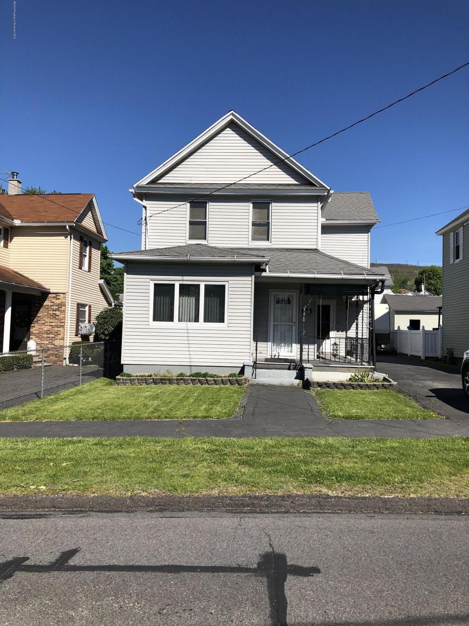 419 Academy St, Blakely, Pennsylvania 18452, 3 Bedrooms Bedrooms, 6 Rooms Rooms,1 BathroomBathrooms,Single Family,For Sale,Academy,20-1731