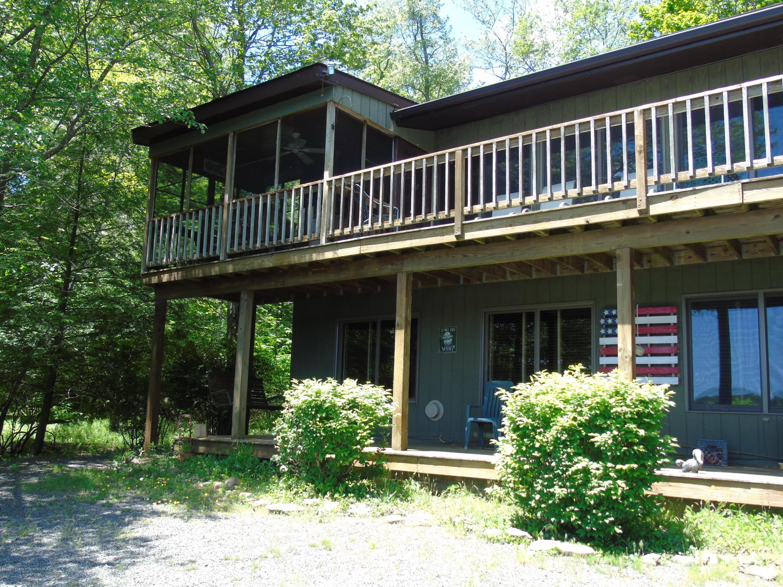 134 North Shore Dr, Gouldsboro, Pennsylvania 18424, 4 Bedrooms Bedrooms, 8 Rooms Rooms,2 BathroomsBathrooms,Single Family,For Sale,North Shore,20-1967
