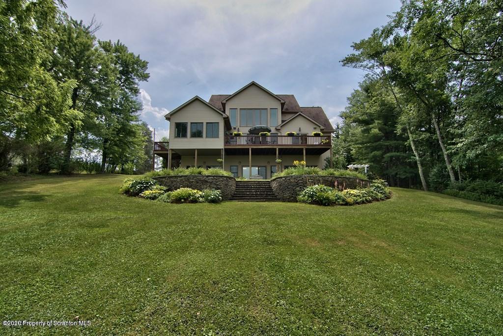 330 Deer Drive, Fleetville, Pennsylvania 18420, 5 Bedrooms Bedrooms, 13 Rooms Rooms,4 BathroomsBathrooms,Single Family,For Sale,Deer Drive,20-2154