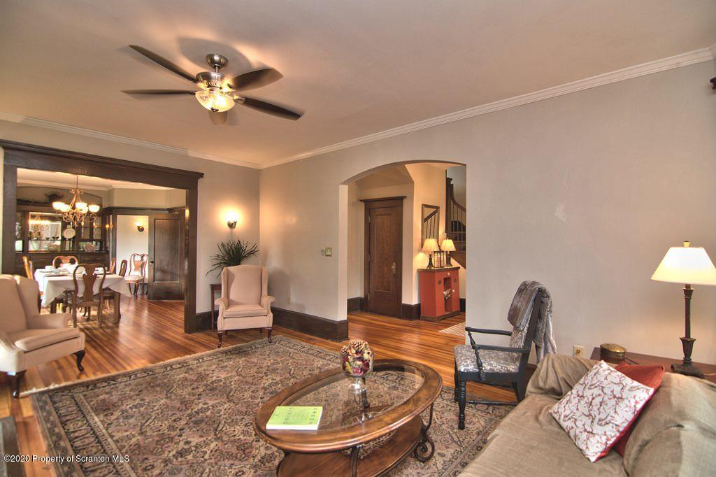 1103 Grandview St, Scranton, Pennsylvania 18509, 5 Bedrooms Bedrooms, 9 Rooms Rooms,3 BathroomsBathrooms,Single Family,For Sale,Grandview,20-2271