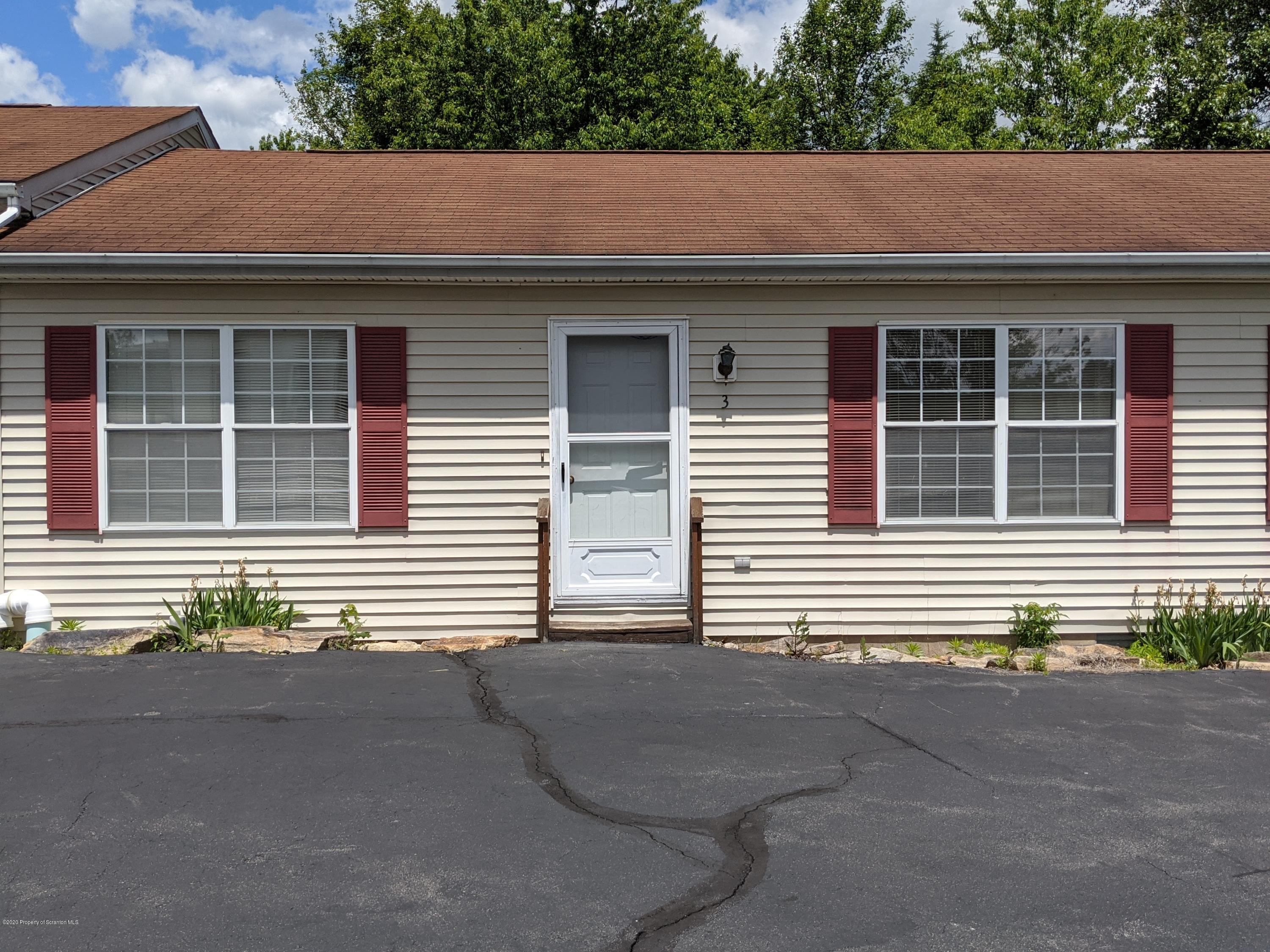 903 Sibley Ave, Old Forge, Pennsylvania 18518, 2 Bedrooms Bedrooms, 4 Rooms Rooms,1 BathroomBathrooms,Rental,For Lease,Sibley,20-2554