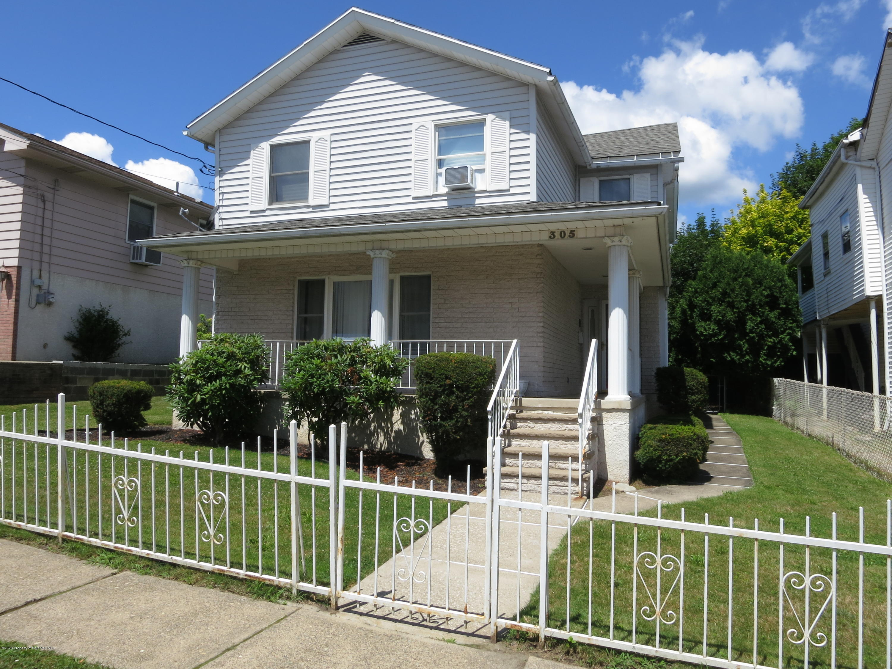 305 Lincoln Ave, Scranton, Pennsylvania 18504, 4 Bedrooms Bedrooms, 7 Rooms Rooms,2 BathroomsBathrooms,Single Family,For Sale,Lincoln,20-2637