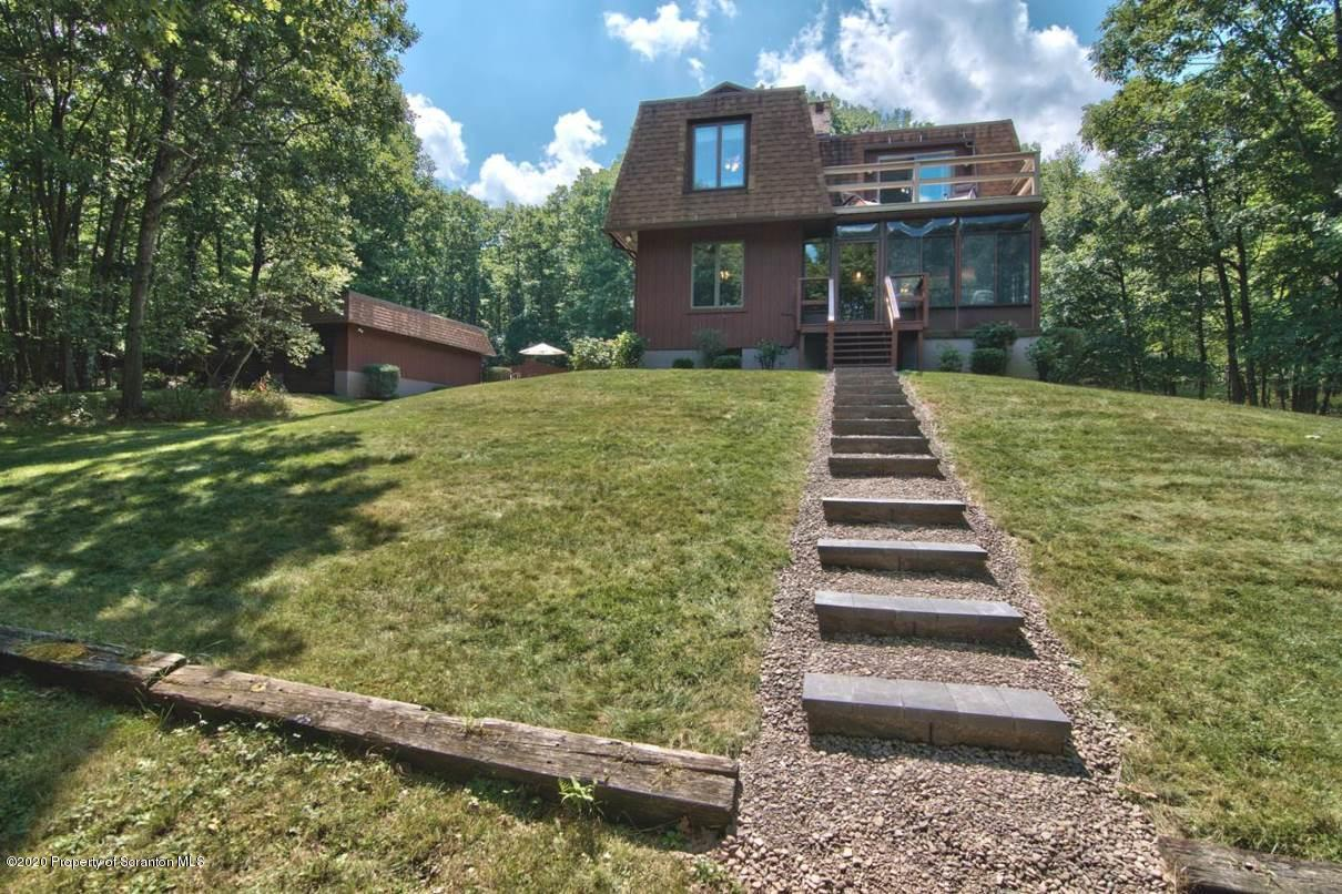 536 Forest Ln, Archbald, Pennsylvania 18403, 3 Bedrooms Bedrooms, 9 Rooms Rooms,3 BathroomsBathrooms,Single Family,For Sale,Forest,20-3138