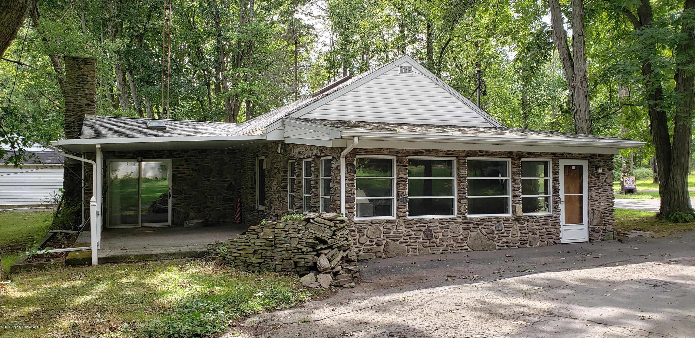 1326 Gravel Pond Rd, Clarks Summit, Pennsylvania 18411, 2 Bedrooms Bedrooms, 7 Rooms Rooms,1 BathroomBathrooms,Single Family,For Sale,Gravel Pond,20-3516