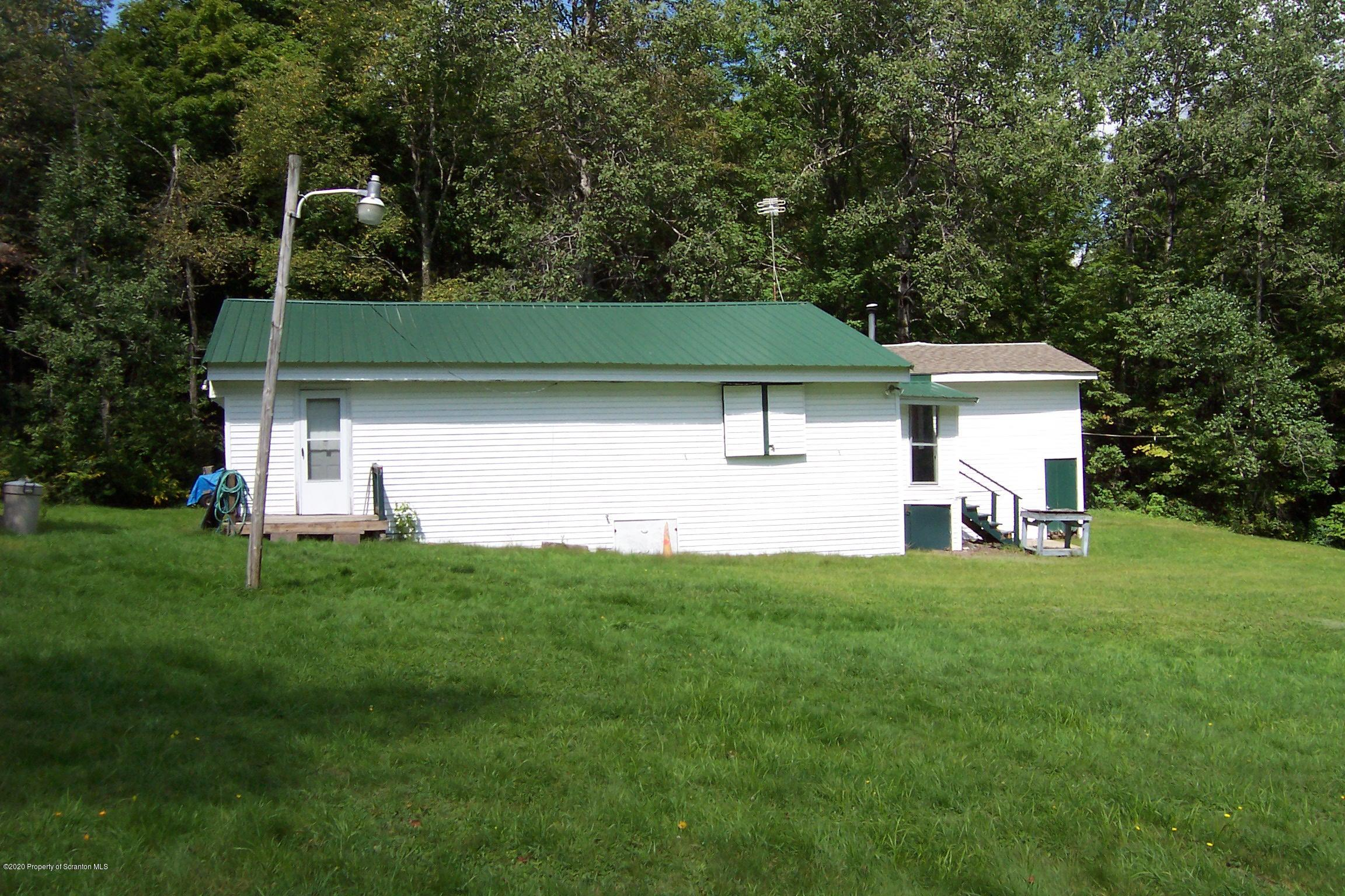 1969 Creek Rd, Union Dale, Pennsylvania 18470, 3 Bedrooms Bedrooms, 5 Rooms Rooms,1 BathroomBathrooms,Single Family,For Sale,Creek Rd,20-3645