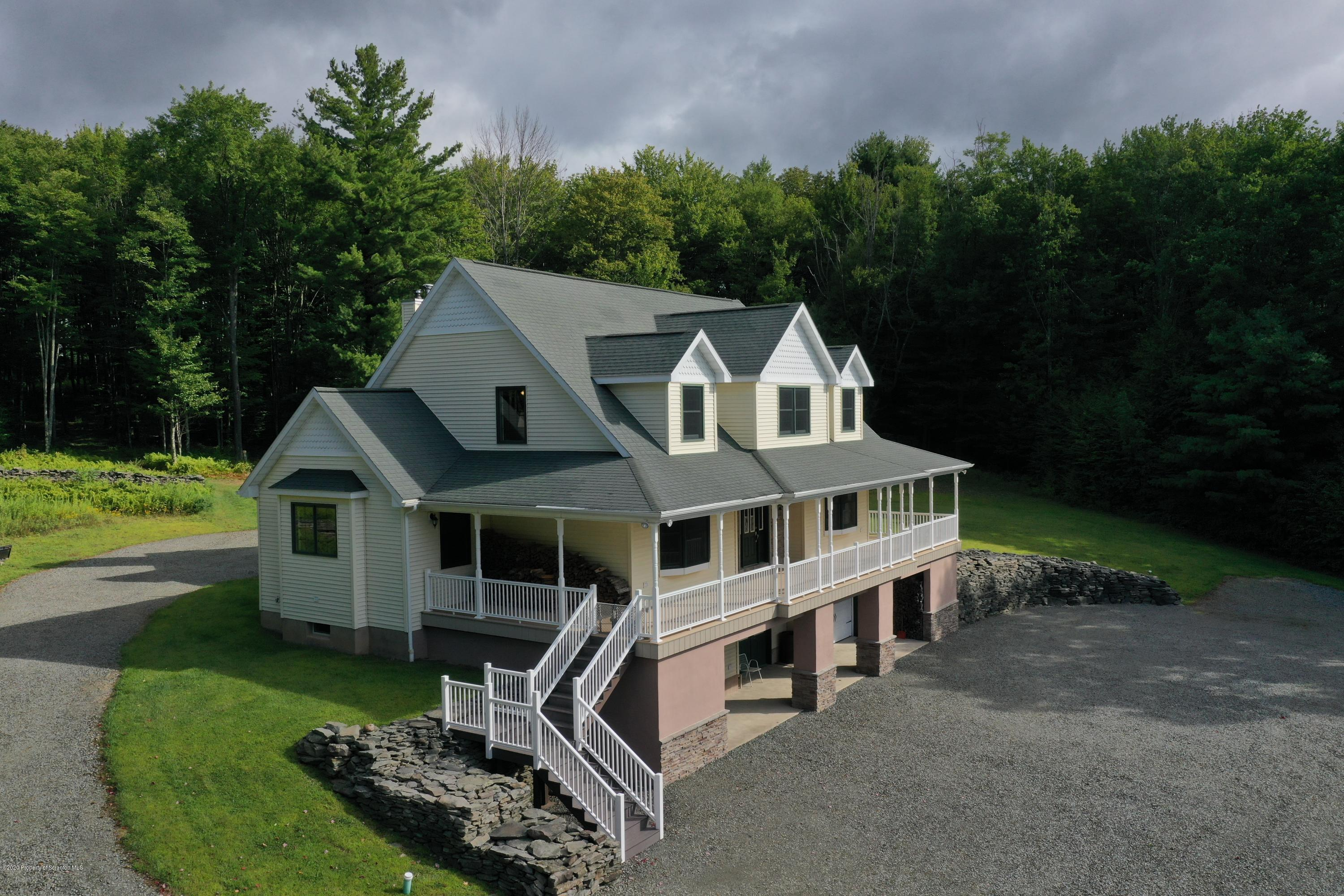927 peck hill Road, New Milford, Pennsylvania 18834, 4 Bedrooms Bedrooms, 7 Rooms Rooms,3 BathroomsBathrooms,Single Family,For Sale,peck hill,20-3732